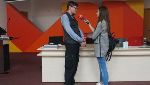 Klausimų vertėjas ir Vilniaus vedėjas Augustinas Žemaitis duoda interviu LRT prieš PVČ 2018 pradžią