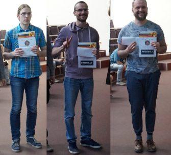 Trys Lietuvos lyderiai su savo apdovanojimais - iš kairės Š. Dirmeikis, Ž. Adomaitis, P. Kripas